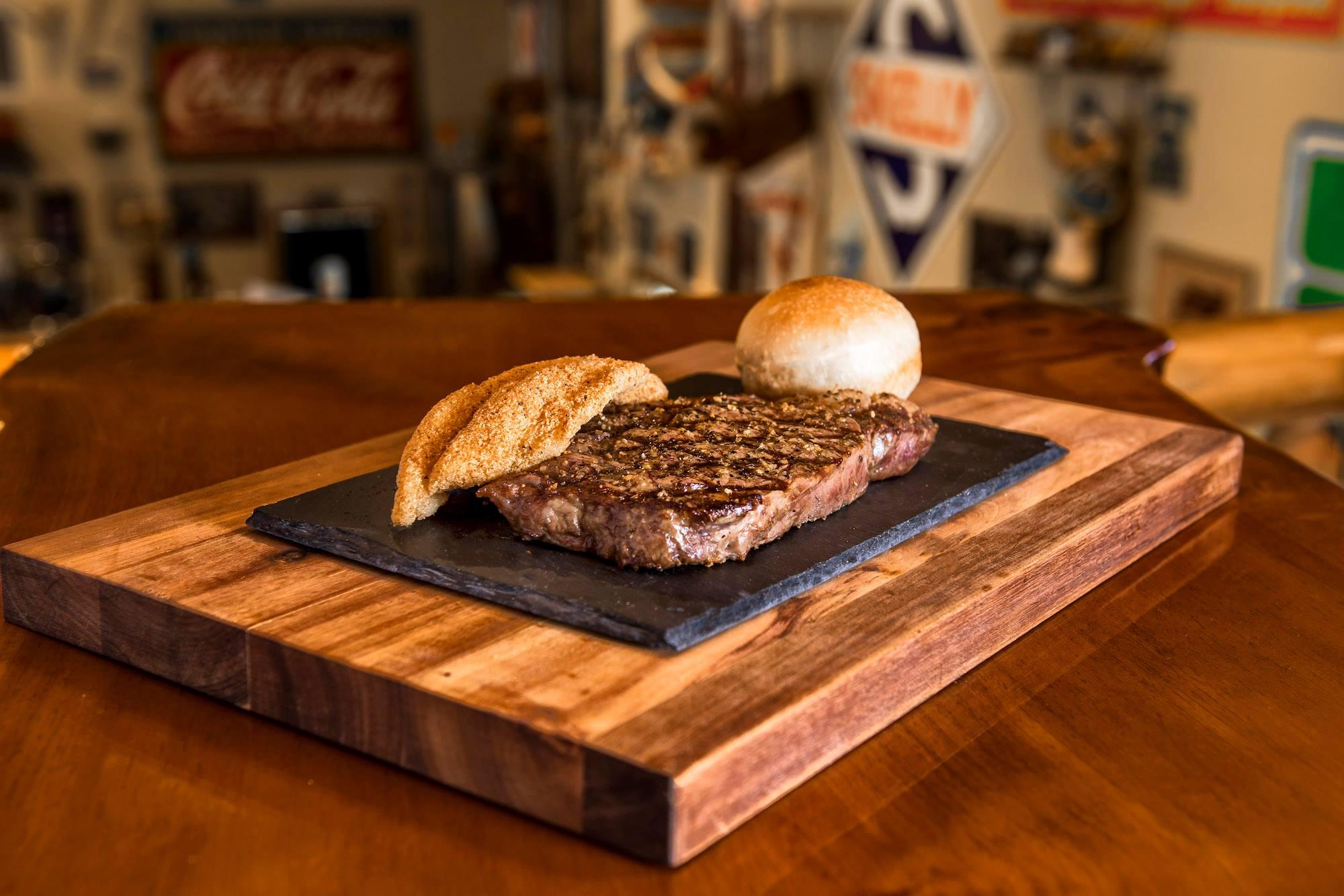 Fall_Creek_Steak_and_Catfish_House_Branson_Missouri_Restaurants
