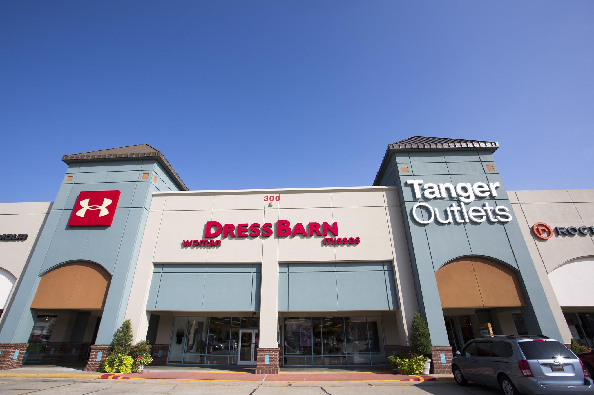 Tanger_Outlets_Shopping_Branson_Missouri