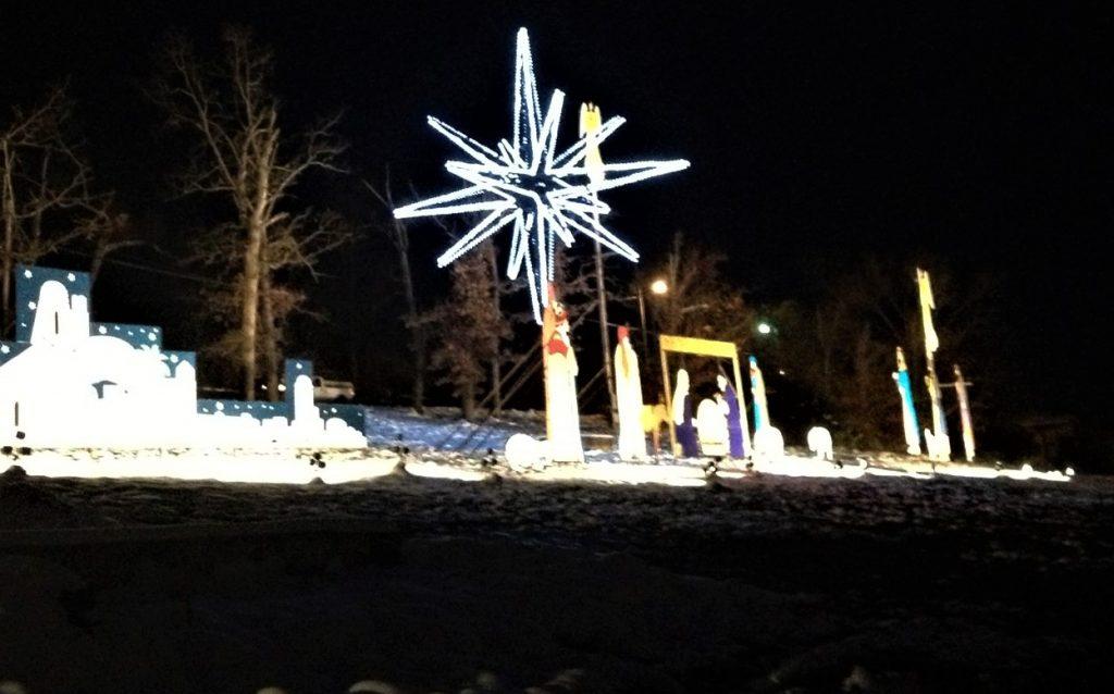 Christmas_Adoration_Parade_Nativity_Scene_Branson_MO