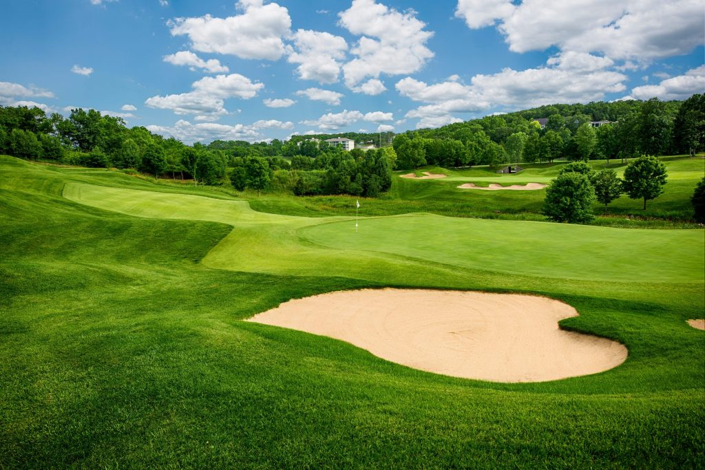 thousand_hills_resort_golfing_branson_mo_attractions