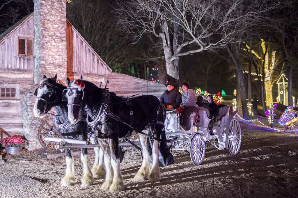 Shepherd_of_the_Hills_Christmas_Carriage_Rides_Branson_MO