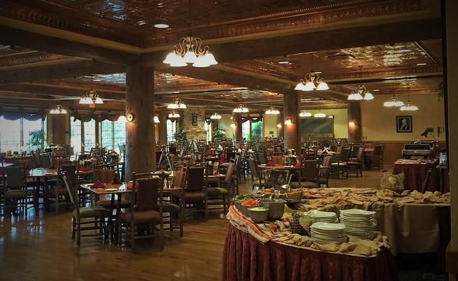 Keeter_Center_Dobyns_Dining_Room_College_of_the_ozarks_missouri_restaurants