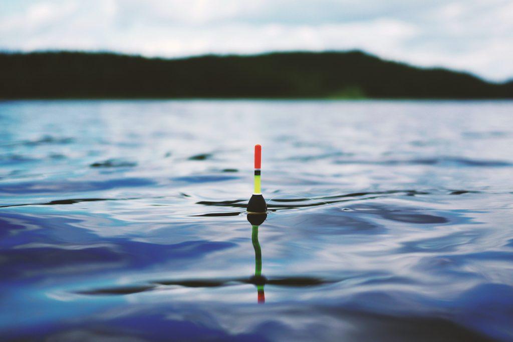 Lake_fishing